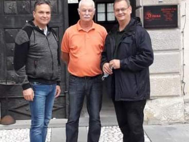 Spominka slika: Božo Majcen, Mitja Močnik in Jože Abramič